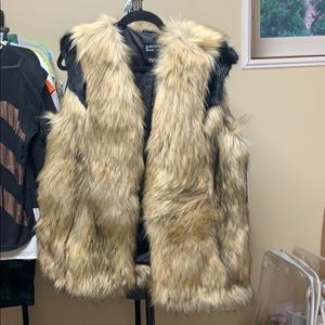 Marcianos Fur Vest - Women's size M